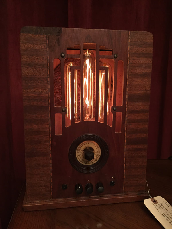 Vintage Radio Lamp featuring Edison bulbs and bluetooth amplifier