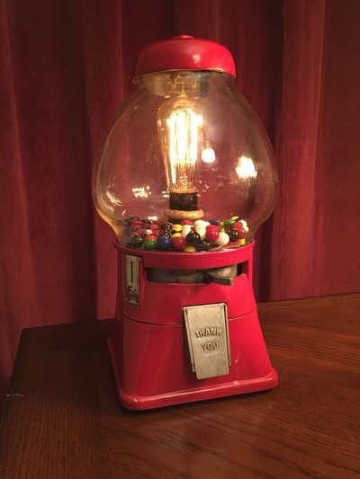 Gumboil machine lamp with Edison bulbs